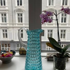 Anna Von Lipa vase