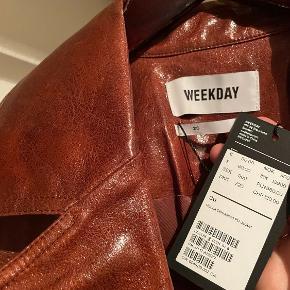 Weekday pels- & skindjakke