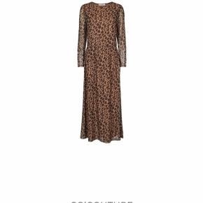 604de117 Så fed kjole - sælges kun pga vægttab. Næsten ikke brugt og fremstår som ny