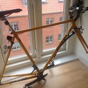 Bjarne Riis stel - Med 2 hjul