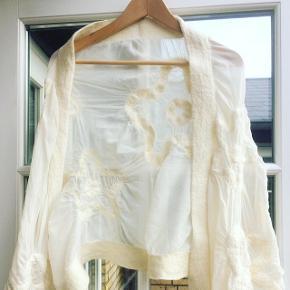 Et flot sjal i uld og silke