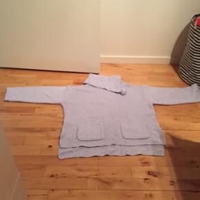 Lækker sweaters til den kolde tid - str L  - farven lyselilla - kan sendes på købers regning