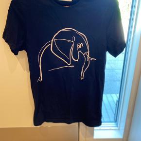 Pier One t-shirt