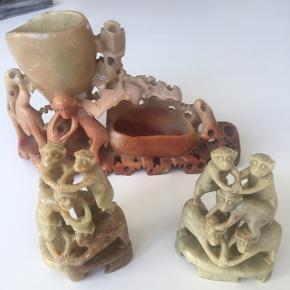 3 stk asiatiske figurer fra ca år 1920 i hårdt materiale (uvist hvilken, en form for sten men ikke tungt)