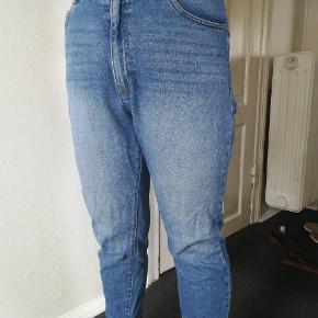 Flotte mom jeans fra Dr. Denim I str. 32/30