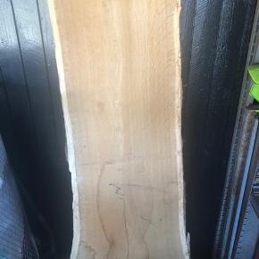 Flot stykke  træ højde ca 144