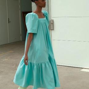 Mr. Larkin kjole