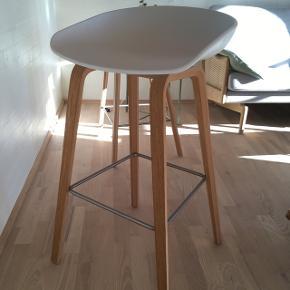 Hay barstol, ægte, den høje model. Mest stået som pynt. Højde ca 74 cm.