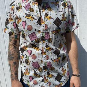 Produkt skjorte