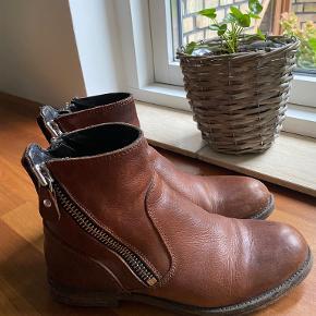 Moma støvler