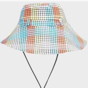 Smuk hat fra Ganni i m/l aldrig brugt