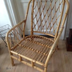 Gammel kurve lænestol i perfekt stand, uden fejl.  H 35/95 cm. B 60 D 55 cm