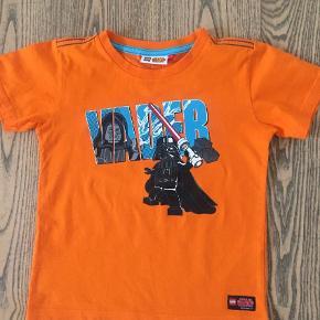Brugt en gang. T-shirt Farve: Orange Oprindelig købspris: 199 kr.