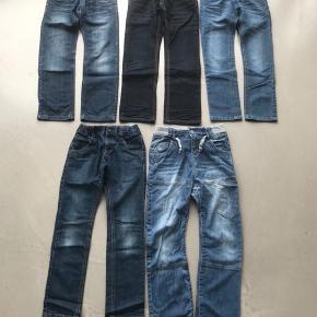 5 par cowboybukser str. 134/9 år fra Name it  40kr pr par