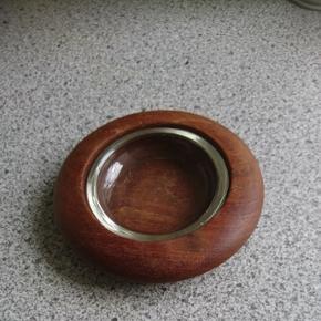 Teaktræ askebæger /lysestage.Glasskål 8 cm teaktræskål 13 cm