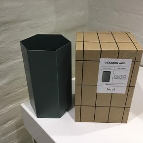 Ferm Living Hexagon vase, dusty green 21 cm