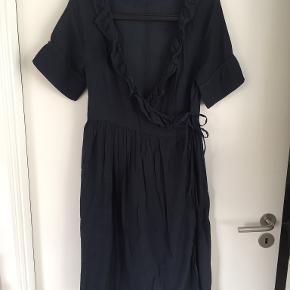 Nué Notes kjole