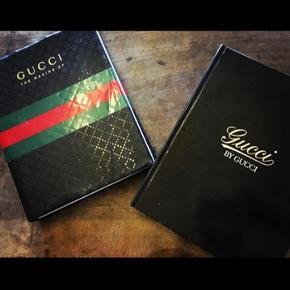 Coffee table book i gucci  Stor og lækker bog med  Np 1299 kr  Kun været til pynt i stuen
