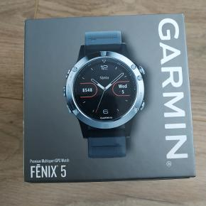 Helt nye Garmin Fenix 5 Silver with Black Band