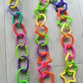 31 plastic ringe.