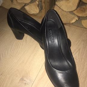 Super velholdte sko.. fejler intet 250 incl