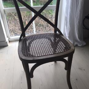 4 spisebordsstole fra Ilva sælges til højeste bud