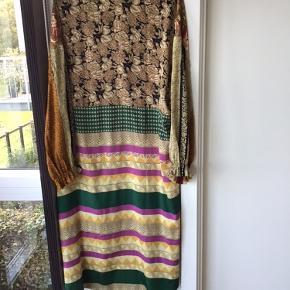 Fin kjole fra Sissel Edelbo 🍂 trænger til nyt hjem 🍁