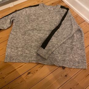 Sweater fra Envii🤍 Næsten som ny!! BYD