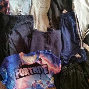 Lækker tøjpakke til ung dreng str 12/14 år KUN mærke tøj
