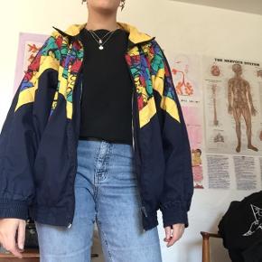 Retro bomber lignende jakke som jeg har selv har købt brugt:)