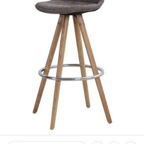 Orso barstol . 4 år gamle . Men ser stadig helt fin ud