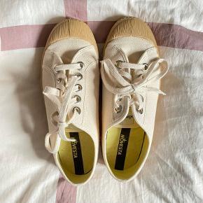 Novesta sneakers