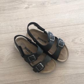 Nanok sandaler