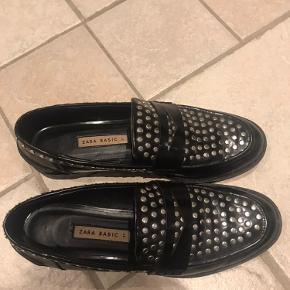 Pæne sko fra Zara. Rigtig god stand