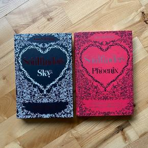 Soulfinders bog 1+2 i serien  Sky og Phoenix 150kr samlet eller 75kr pr stk  Køber betaler fragten  Bytter ikke