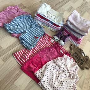13 langærmede body, 9 langærmede bluser, 2 par bukser 3 kjoler 1 t-shirts 1 par sko  Kom med et bud