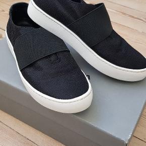 Fede behagelige sko fra Vagabond. Perfekt til en flot sommerkjole 😊 kun brugt meget lidt.