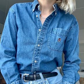 Vintage Tommy denim skjorte :)