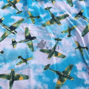 Fin bluse med flyvere  Brugt til 1 barn