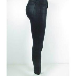 J brand jeans  Størrelse 26  Massere af stræk  Nypris 2200