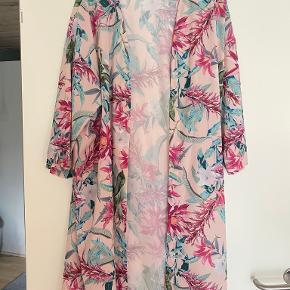 Kaffe kimono