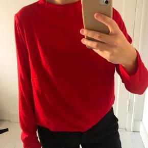 Bluse fra H&M. ❤️   Tags: bluse, skjorte, tunika, højhalset, langærmet