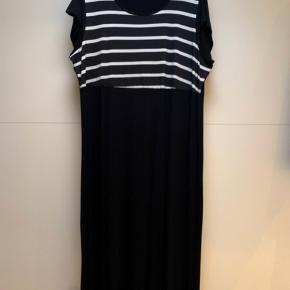 Smuk maxi kjole Str l = 48/50