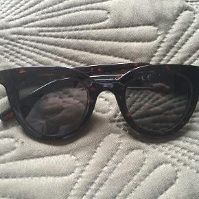 PIECES solbriller