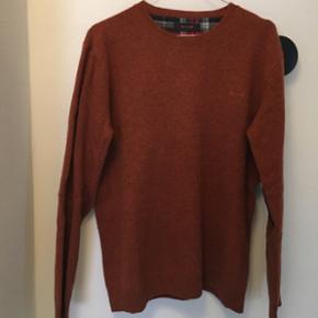 Sand pullover i uld, størrelse Medium. Nypris 800