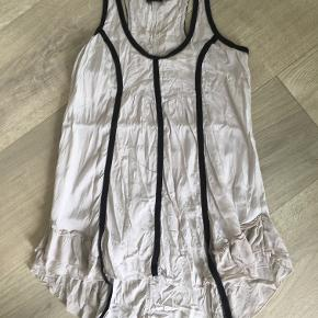 Flot tunika/bluse/kjole Størrelse S, købt for 500,-