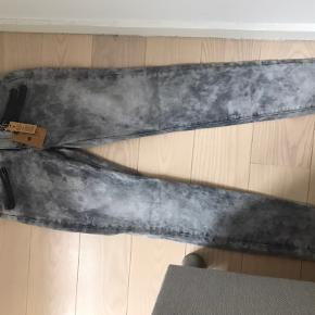 Sælger disse jeans i str. 29/32 Ikke været brugt