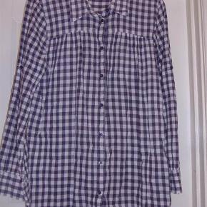 Lækker ternet tunikaskjorte i antrazitgrå og hvid str. XL  Byd :-)