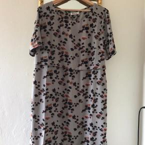 Fin ChaCha kjole som jeg aldrig har brugt, og derfor er så god som ny ⭐️