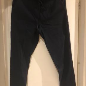Only bukser med bånd i taljen  Mørkeblå  Kun brugt få gange